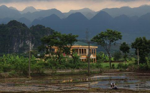 Ultimate Road Trip: Vietnam's Northern Loop