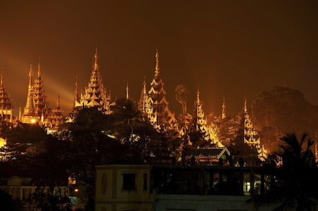 yangon-myanmar-night.jpg