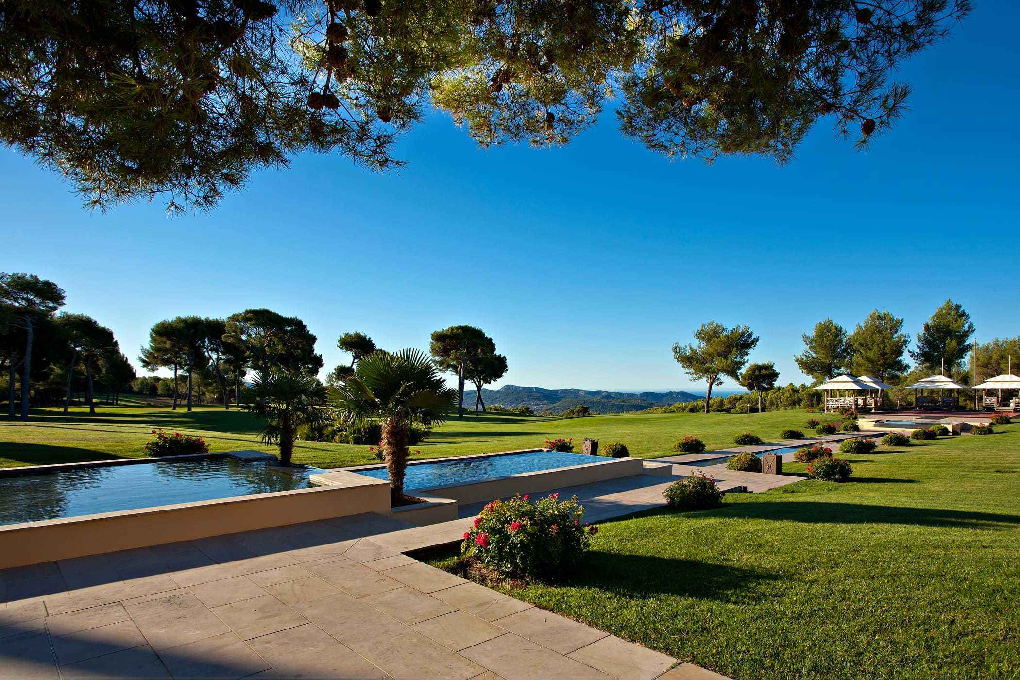 9 Exquisite Places to Luxuriate in Provence, France