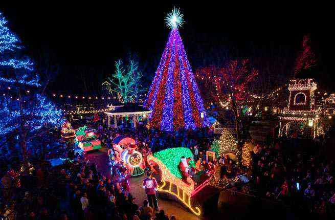 10 U S Towns With Incredible Christmas Celebrations Fodors Travel Guide