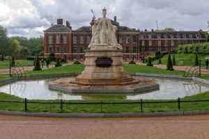 How to Tour England Like a Royal