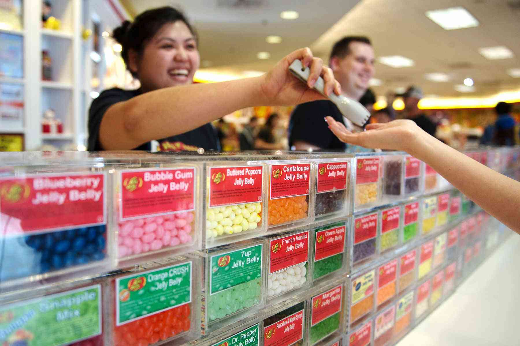 10 Best Candy Factories to Visit