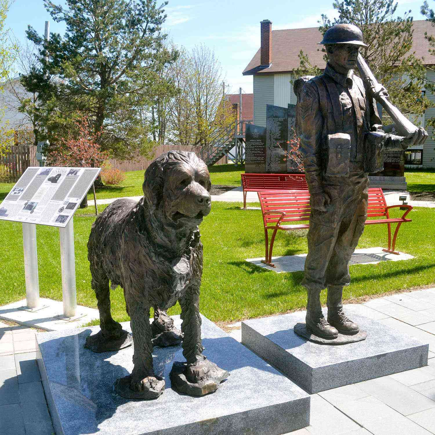 Memorable Mutts 11 Dogs Monuments