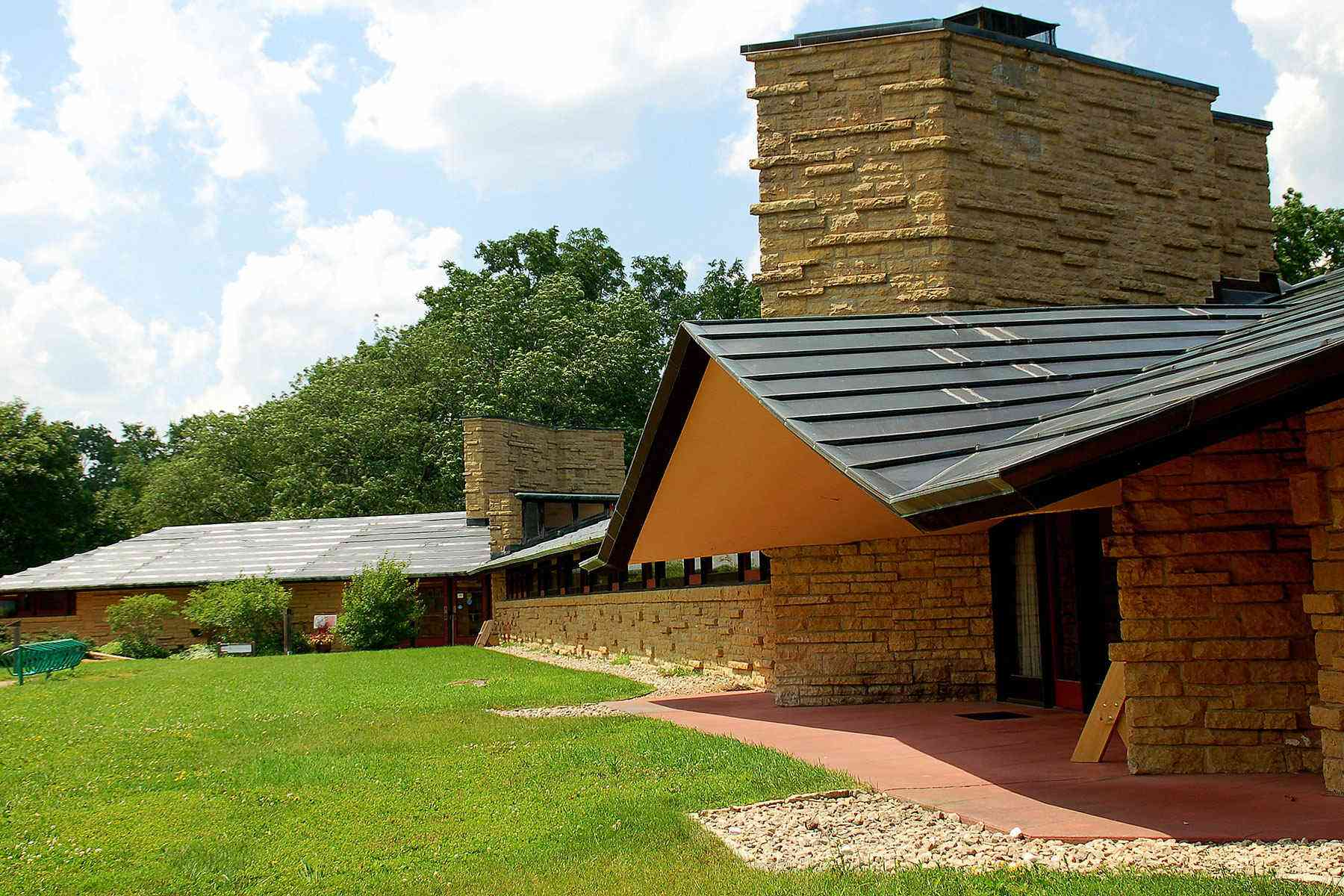 This Frank Lloyd Wright Tour Is an Architecture Devotee's Dream Come
