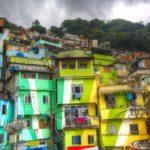 Colorful-Towns-Santa-Marta-Favela
