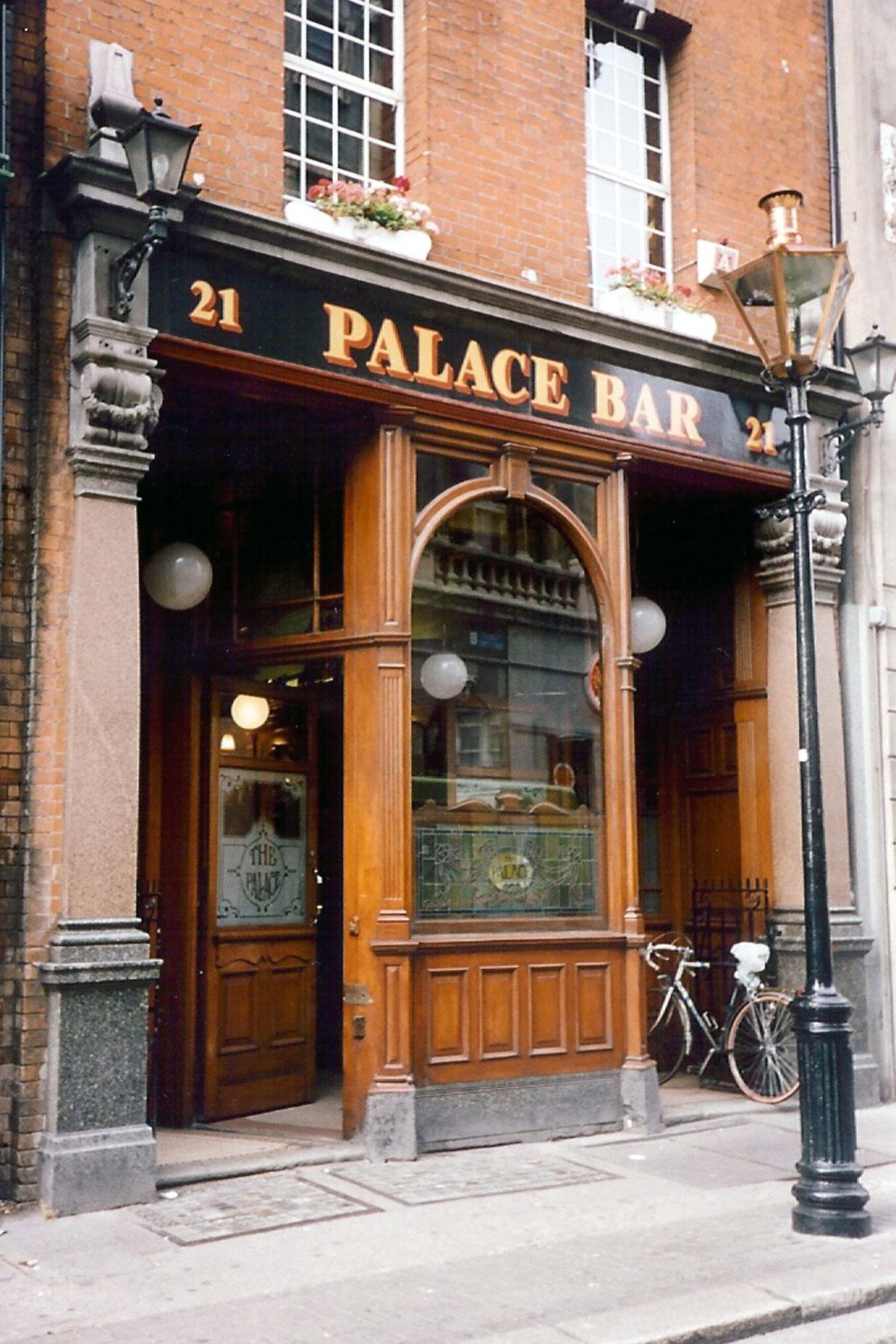Dublin-Palace-Bar