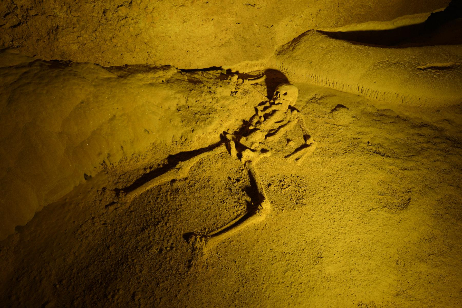 Actun-Tunichil-Muknal-Cave-Belizes-Ancient-Gateway-to-the-Underworld-06
