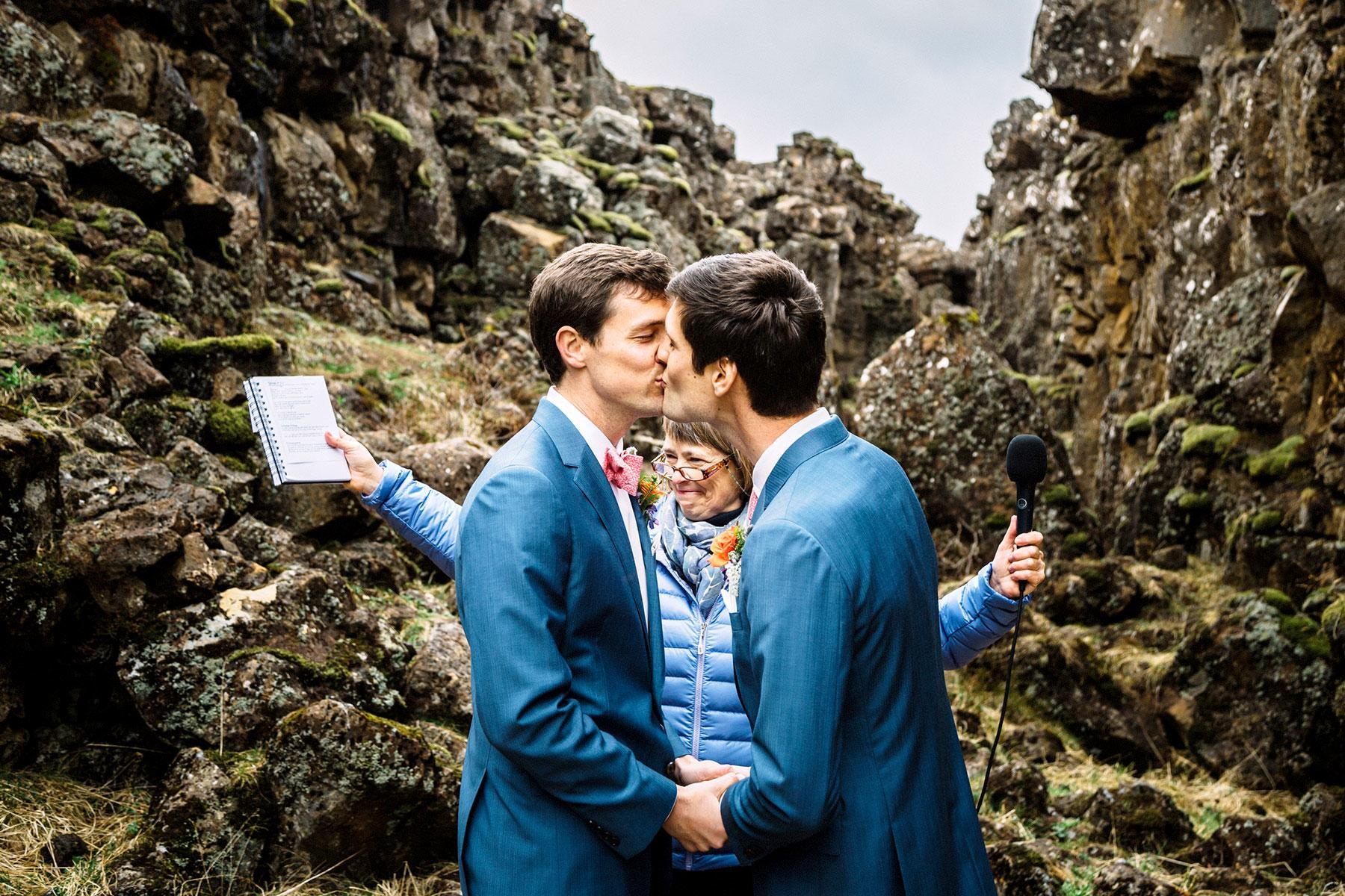 Top World News Wedding Traditions Around The World: The Best Same-Sex Wedding Destinations Around The World