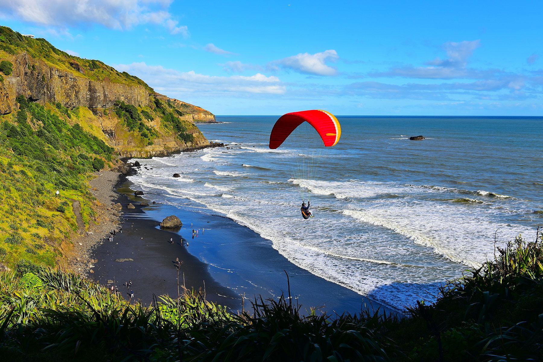 55dbdf1d0cf Black-Sand-Beaches-Muriwai-Beach-North-Island-New-