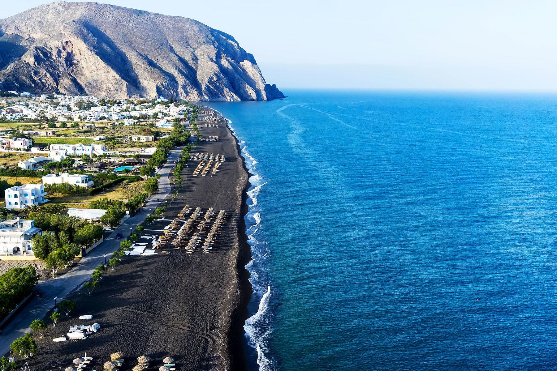 75449511bed Black-Sand-Beaches-Perissa-Beach-Santorini-Greece