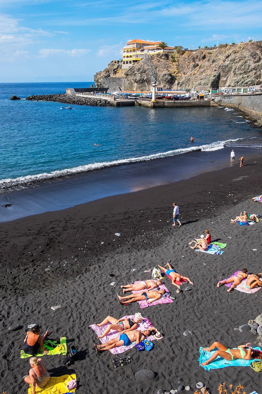 34f9727c5b5 Black-Sand-Beaches-Playa-De-San-Marcos-Tenerife-
