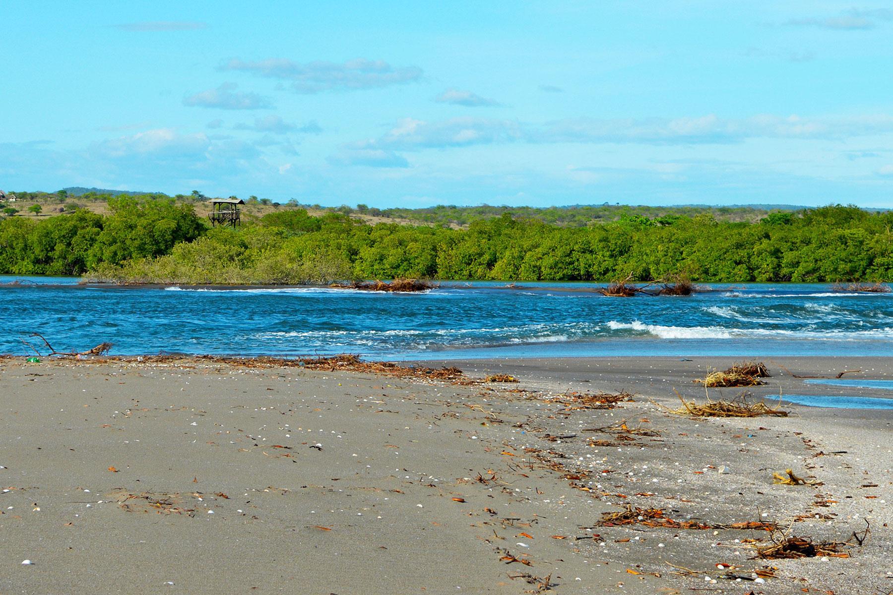 d3c613253b4 Black-Sand-Beaches-Playa-Las-Penitas-Leon-Nicaragua
