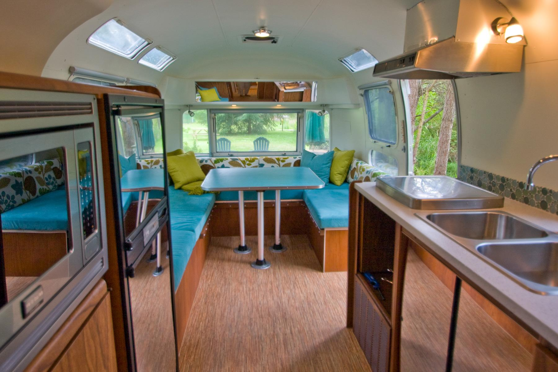 Vintage Trailer Resort >> Vintage Trailer And Airstream Rentals For A Glamping Vacation