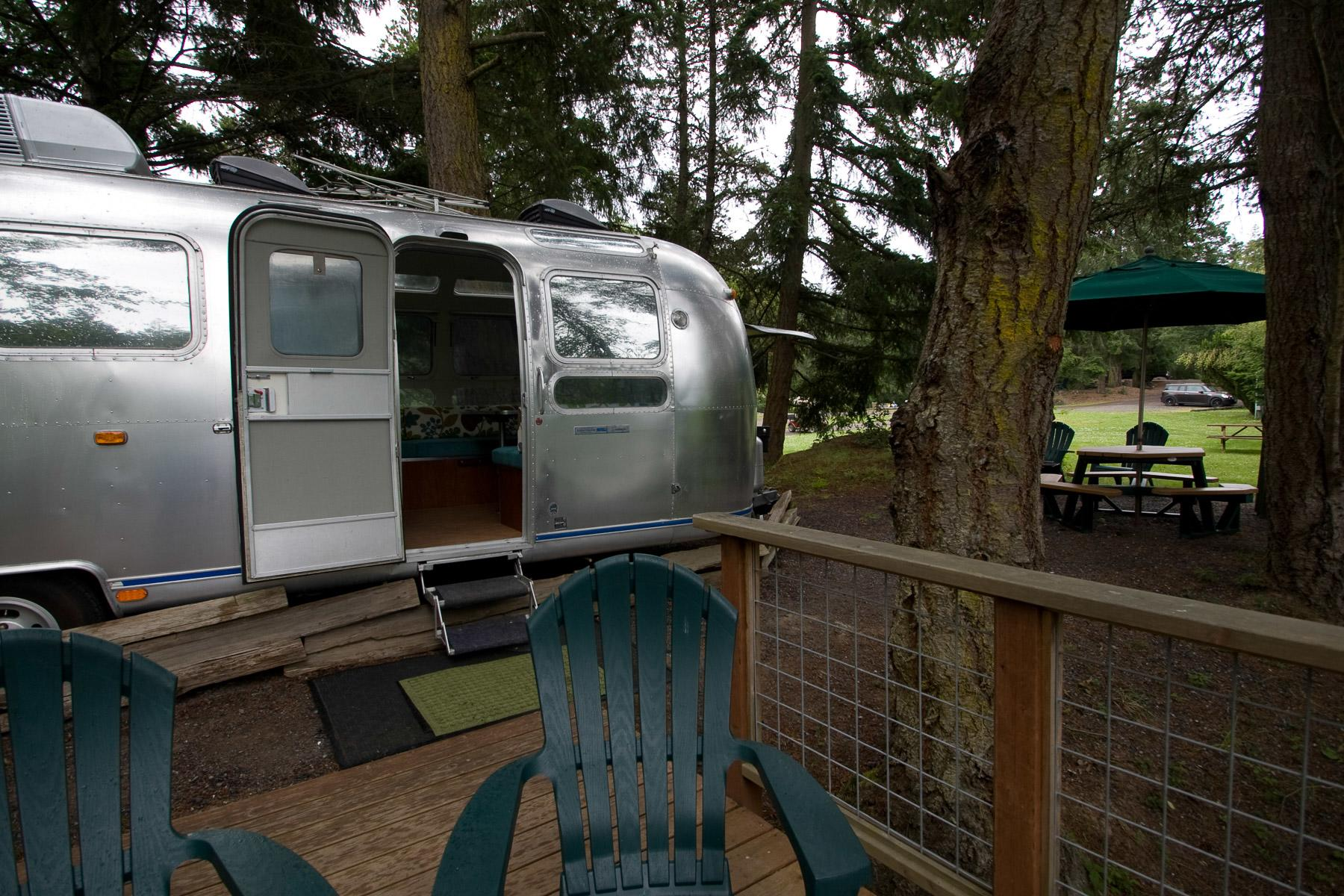 Airstream Caravan Vintage vintage trailer and airstream rentals for a glamping vacation