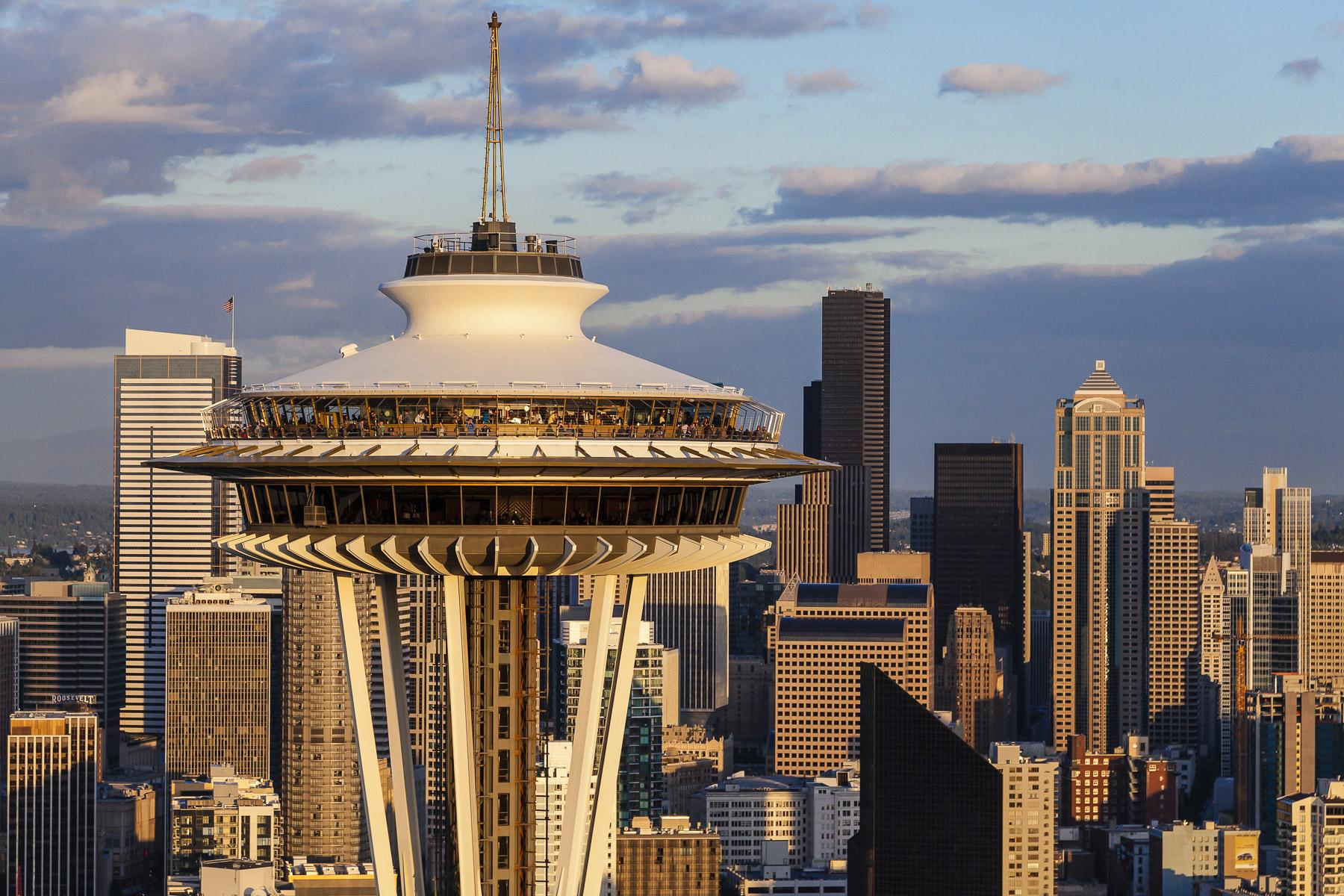 Space Needle 101 Everything You Need To Know About Seattle S