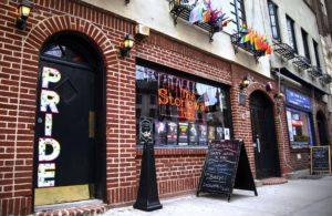12 Great American LGBTQ Bars to Visit at Pride—and All Year