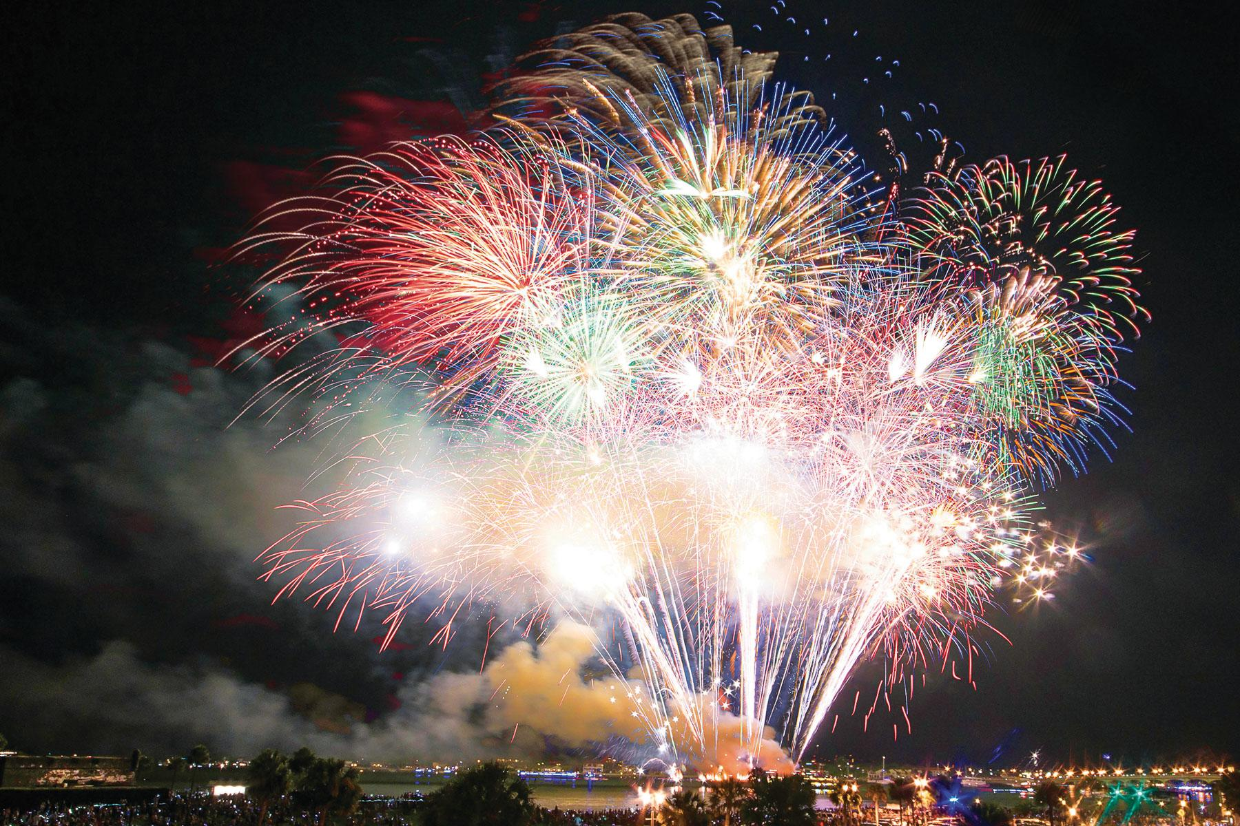 895ef6d5b America's Best Small-Town Fourth of July Celebrations and Fireworks