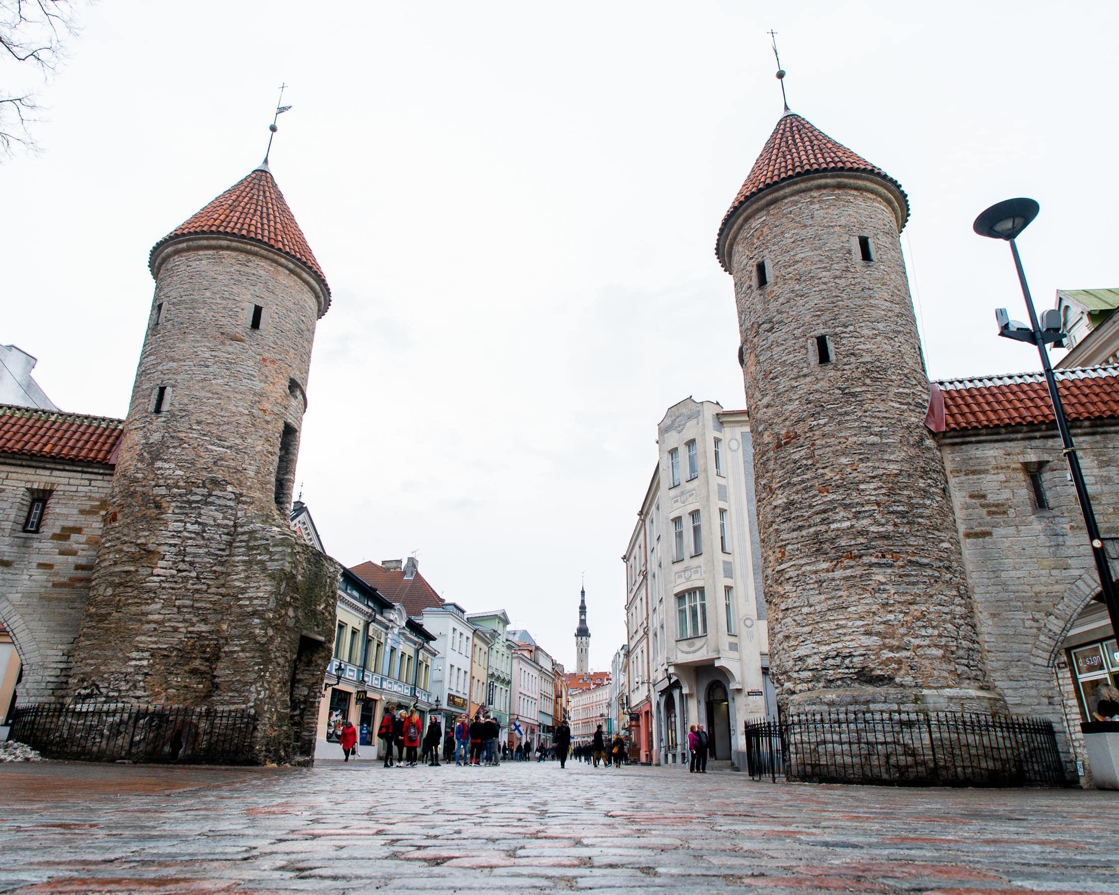 This Hidden Bar has the Best Beer in Tallinn-02