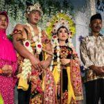 10 Gorgeous Photos of a Traditional Indonesian Wedding