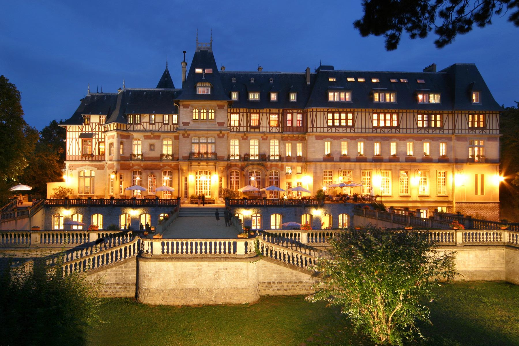 10 Castle Hotels In France