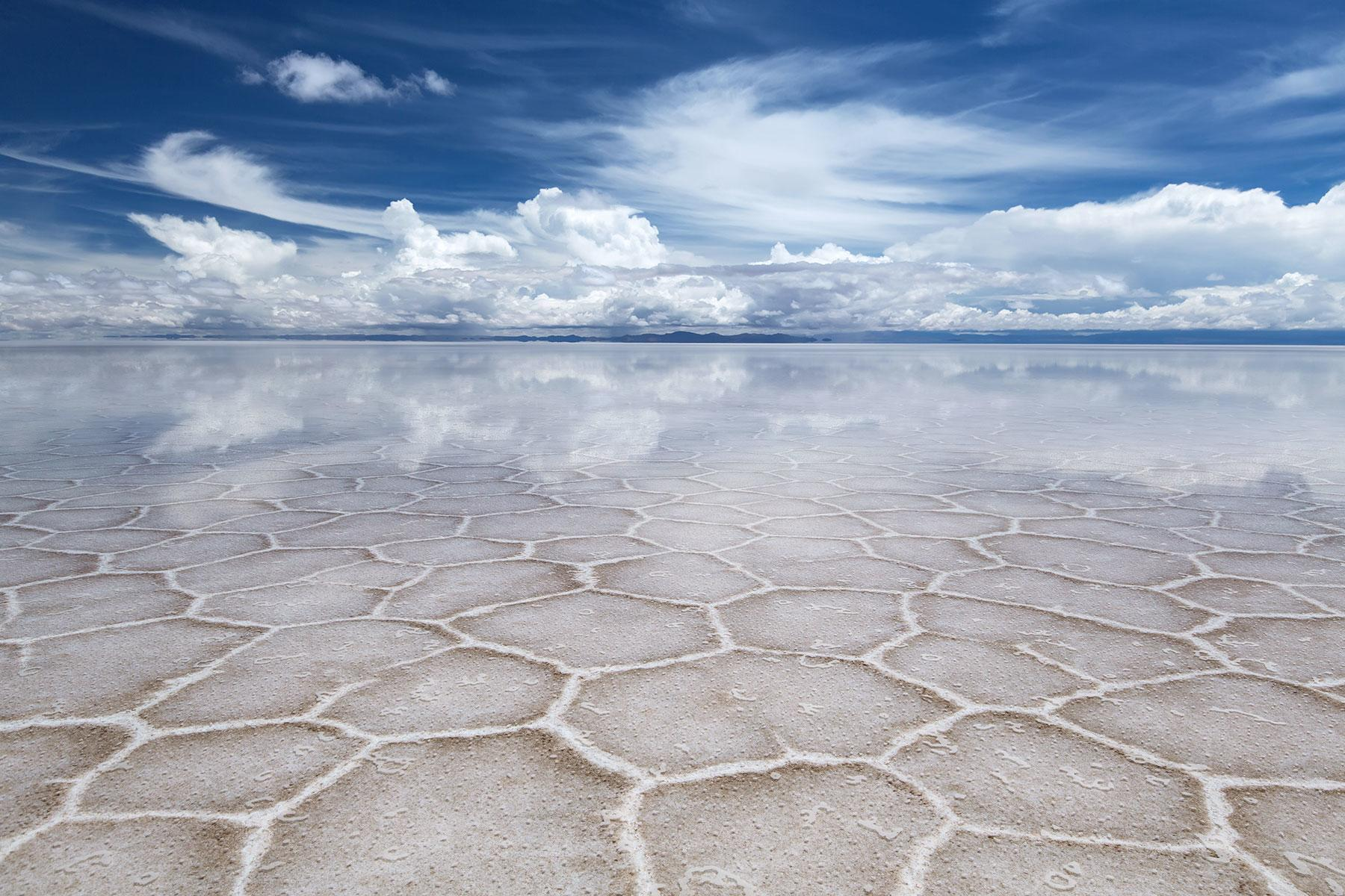 How To Visit The Largest Salt Flat In The World In Bolivia S Salar De Uyuni