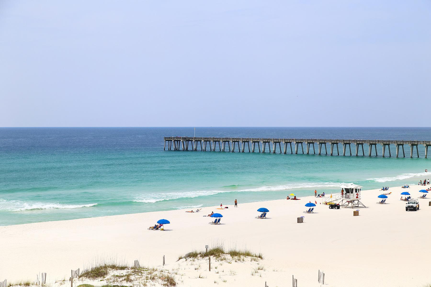 02_15BeachDestinationsforWinterGetaway__Pensacola Beach, Florida_shutterstock_442533052