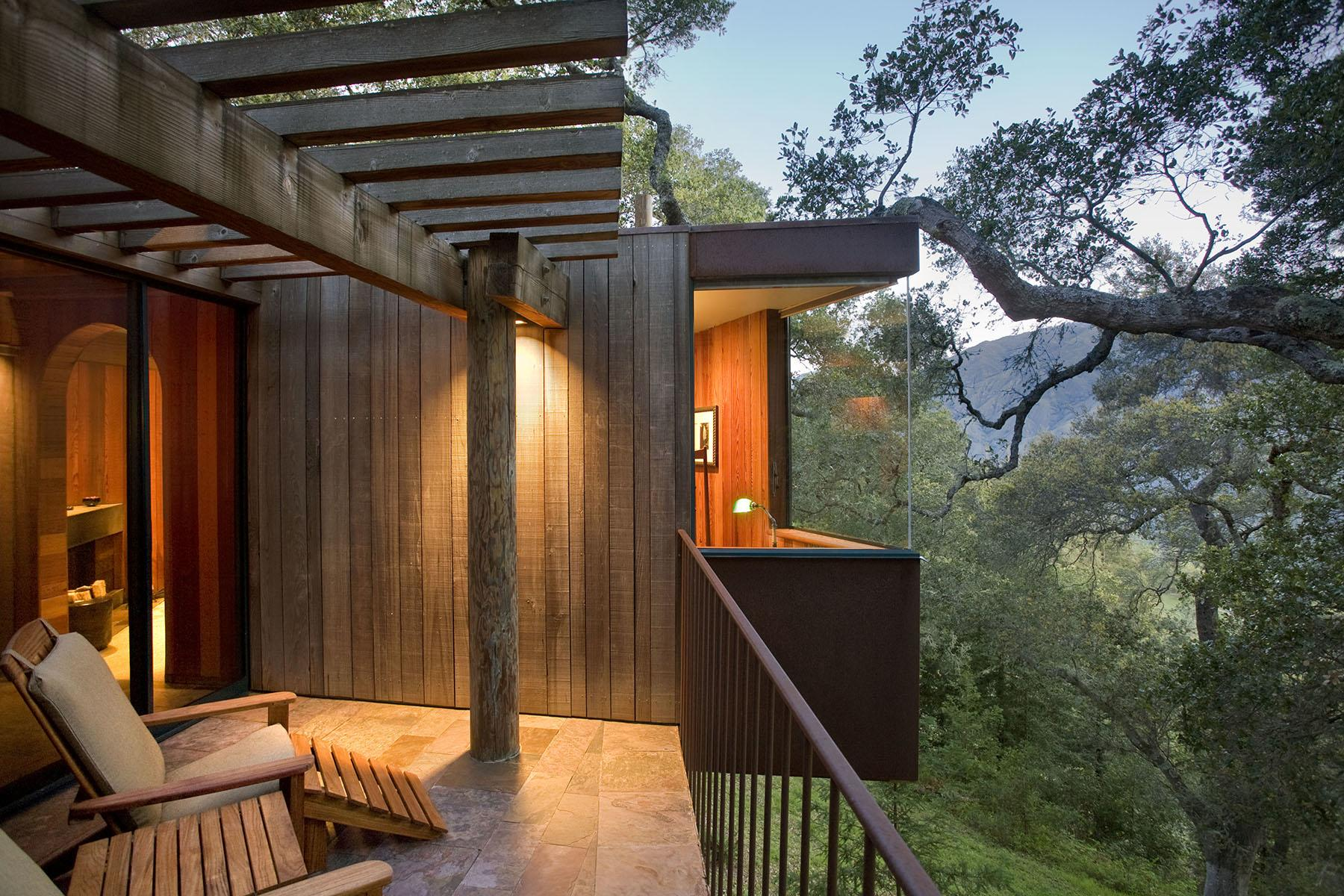 10 TreeHouse Hotels in the US