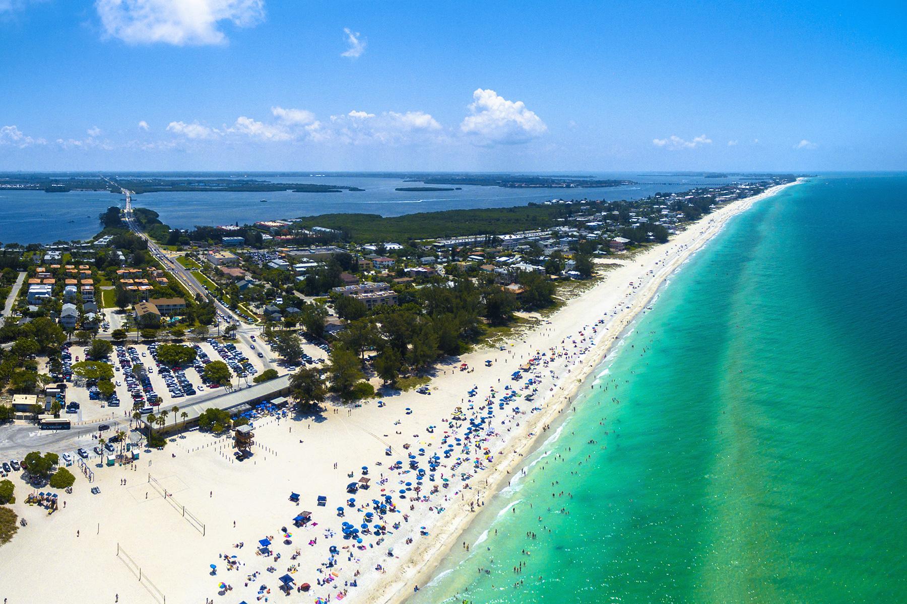 12 Under the Radar Florida Beach Towns to Visit This Winter