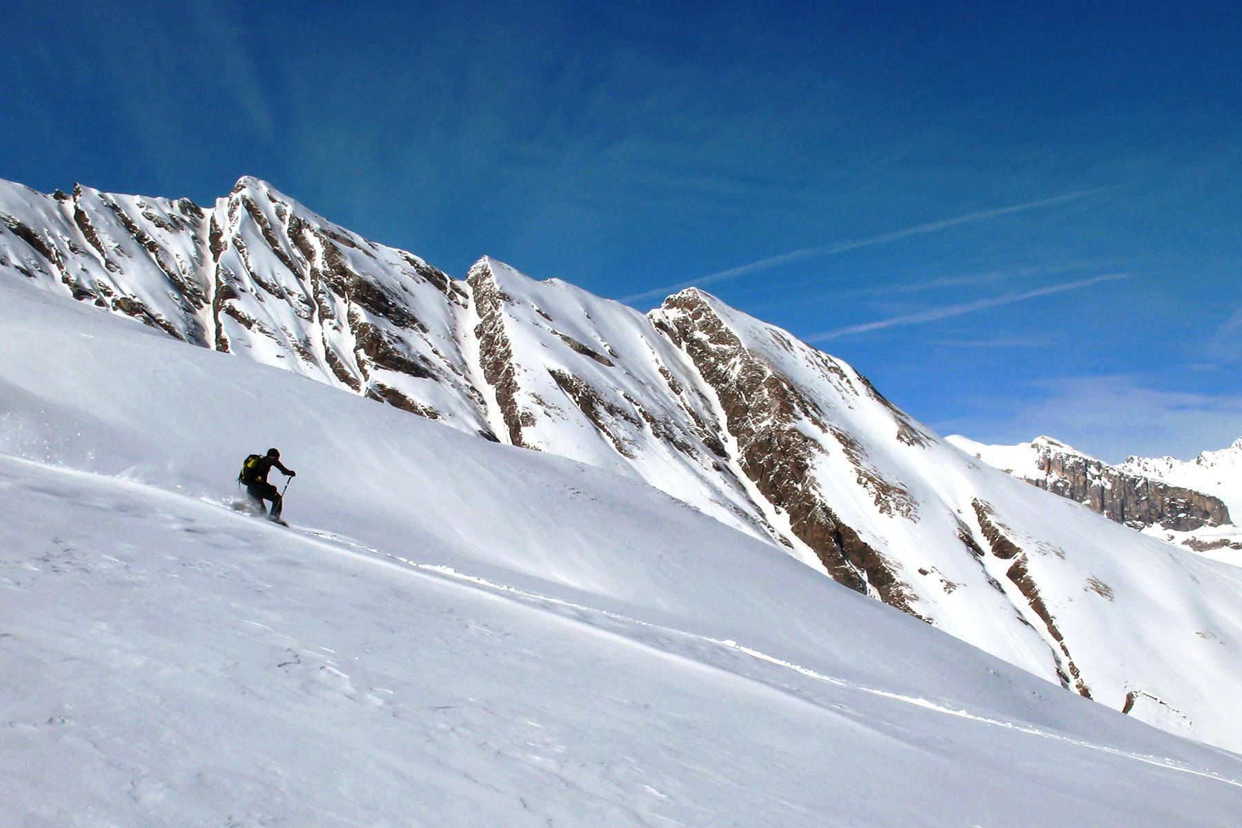 The 12 Scariest Ski Runs On The Planet