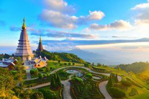 10 Incredible Temples in Thailand You Have to See to Believe