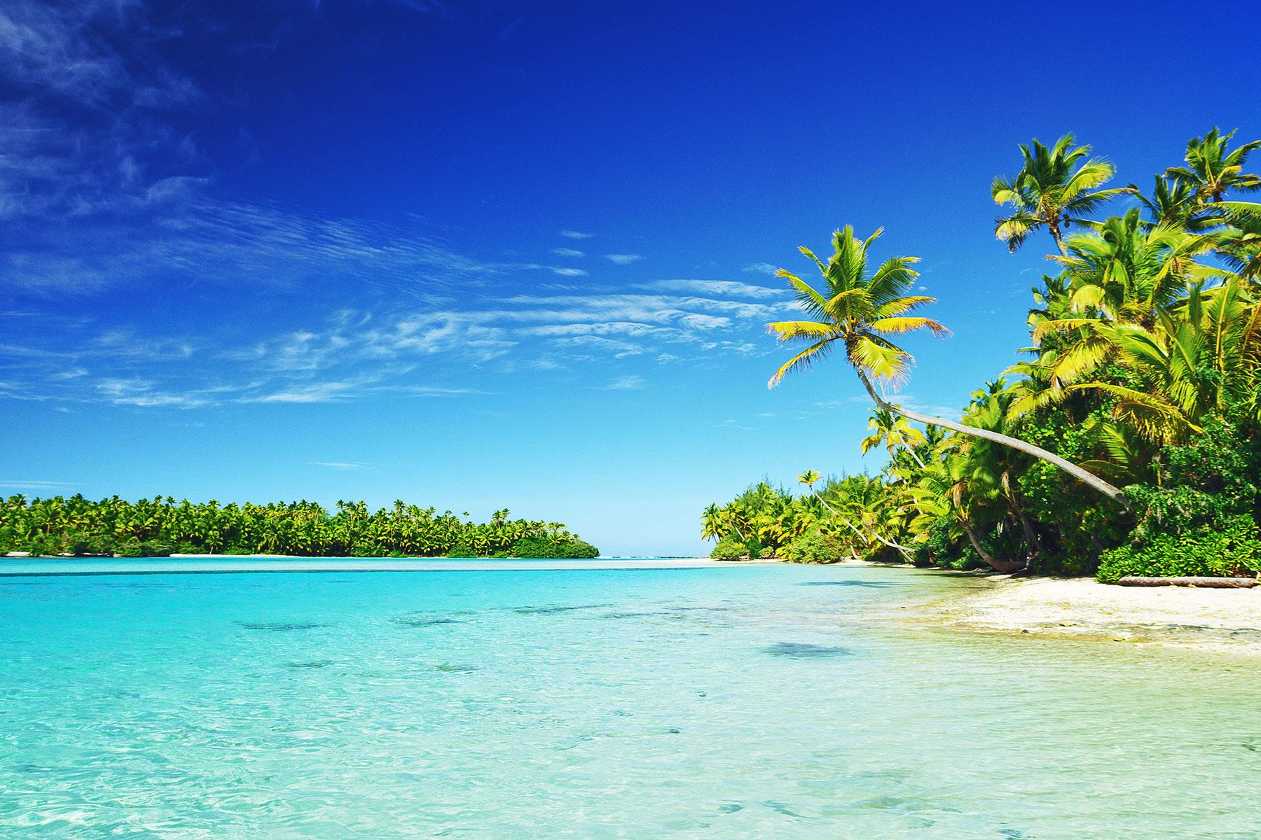 15 FIJI's Most Beautiful Islands that You'll Love in 2020 |Most Beautiful Beaches South Pacific