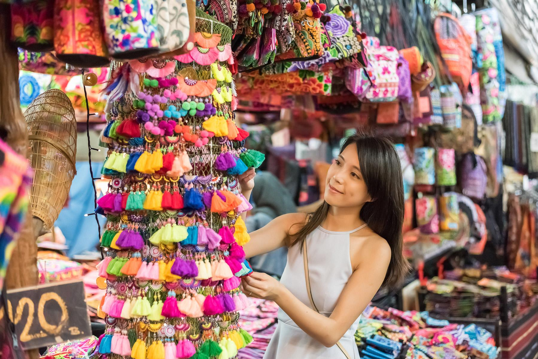How to Bargain While Traveling