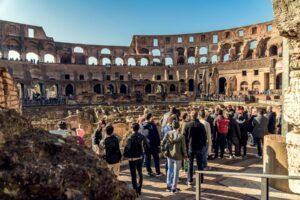 11_Colosseum_101_How_much_time_should_I_spend_there_dreamstime_xl_108776444