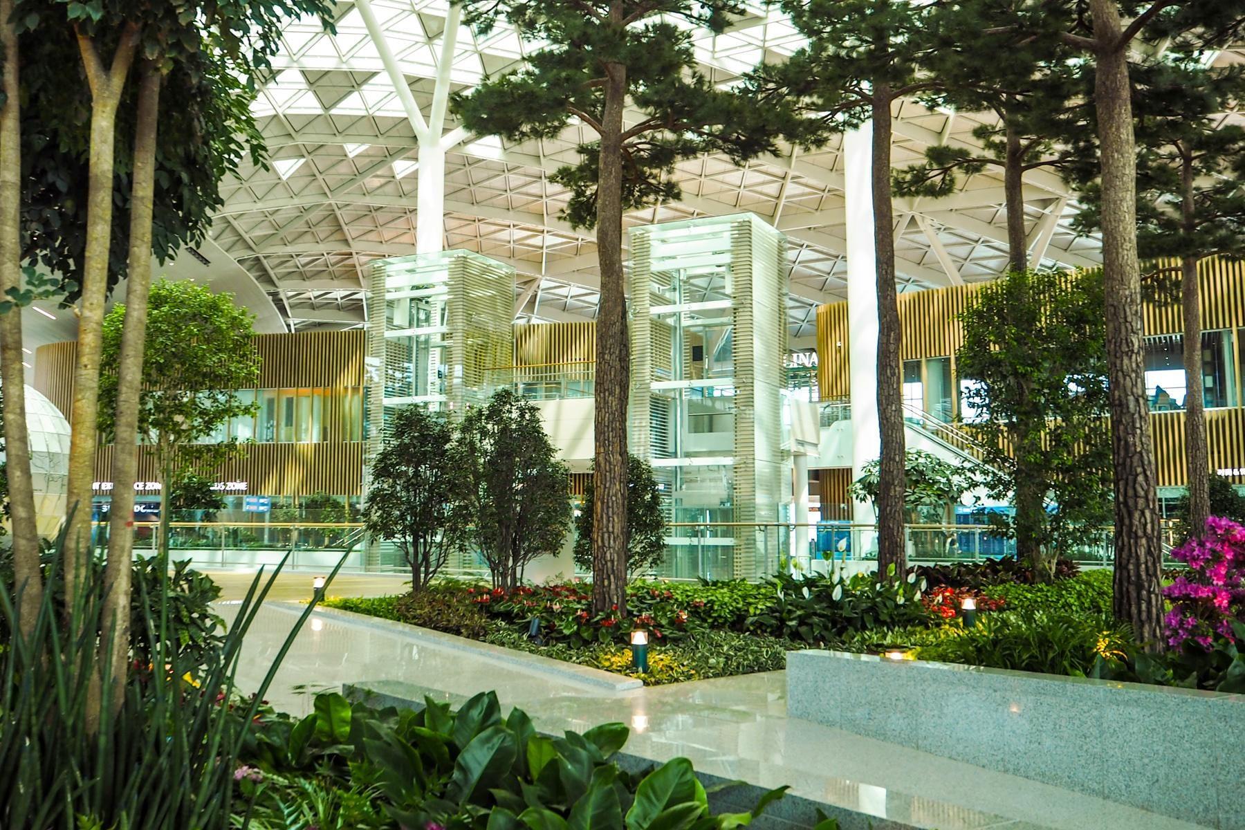airport garden