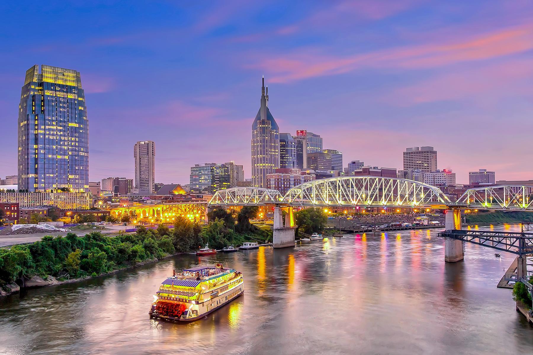 01_NashvillePhrases__River_iStock-1130838130