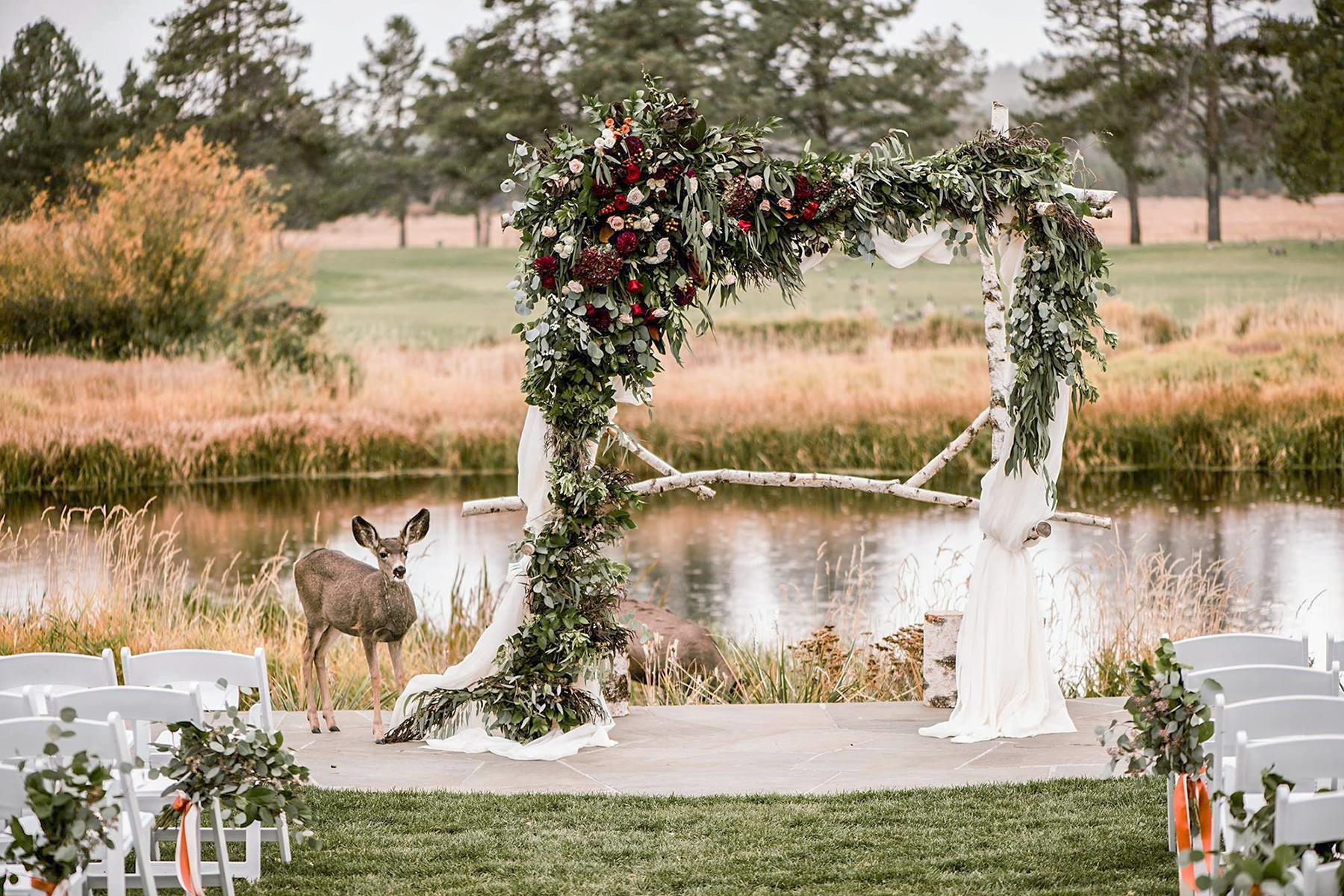 03_RusticWeddingVenues__SunriverResort_28685279_10156191842989099_4969397016829362176_o
