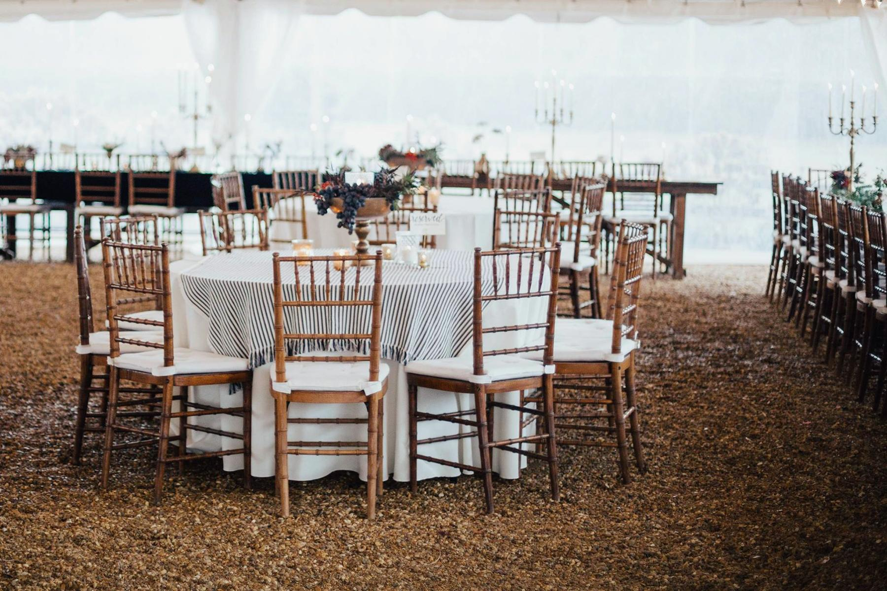 11_RusticWeddingVenues__SweetMeadowFarm_49789474_1184381565044344_1112429673926623232_o