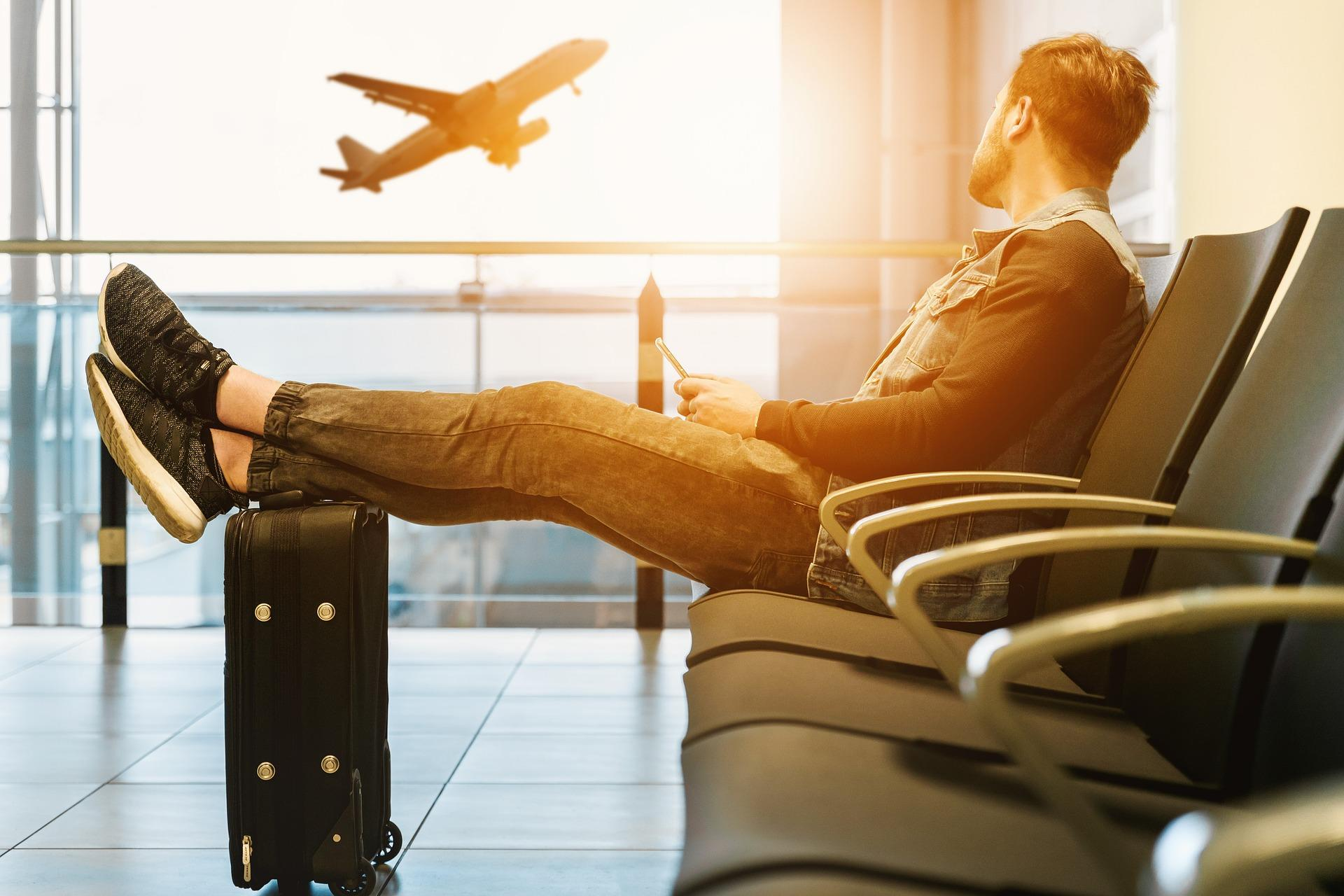10 Tricks for Snagging Super Discounted Airfare