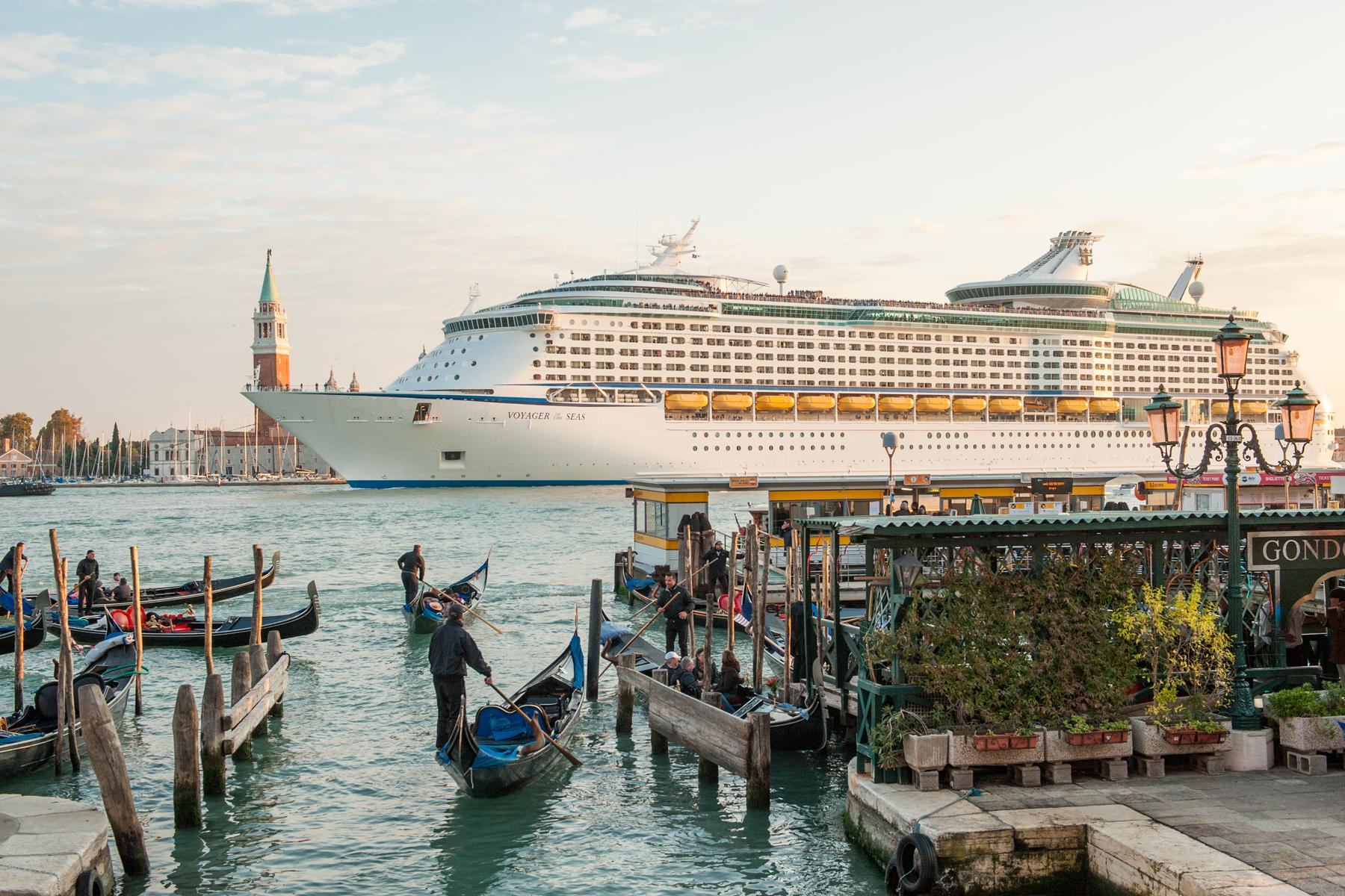 Cruise ship collides with tourist river boat on busy canal in Venice