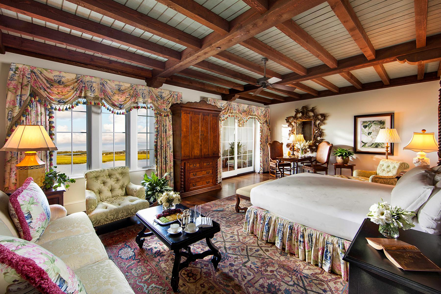 11_ZikaFreeBabymoons__SeaIslandGeorgia_Riverview_Room_at_The_Cloister