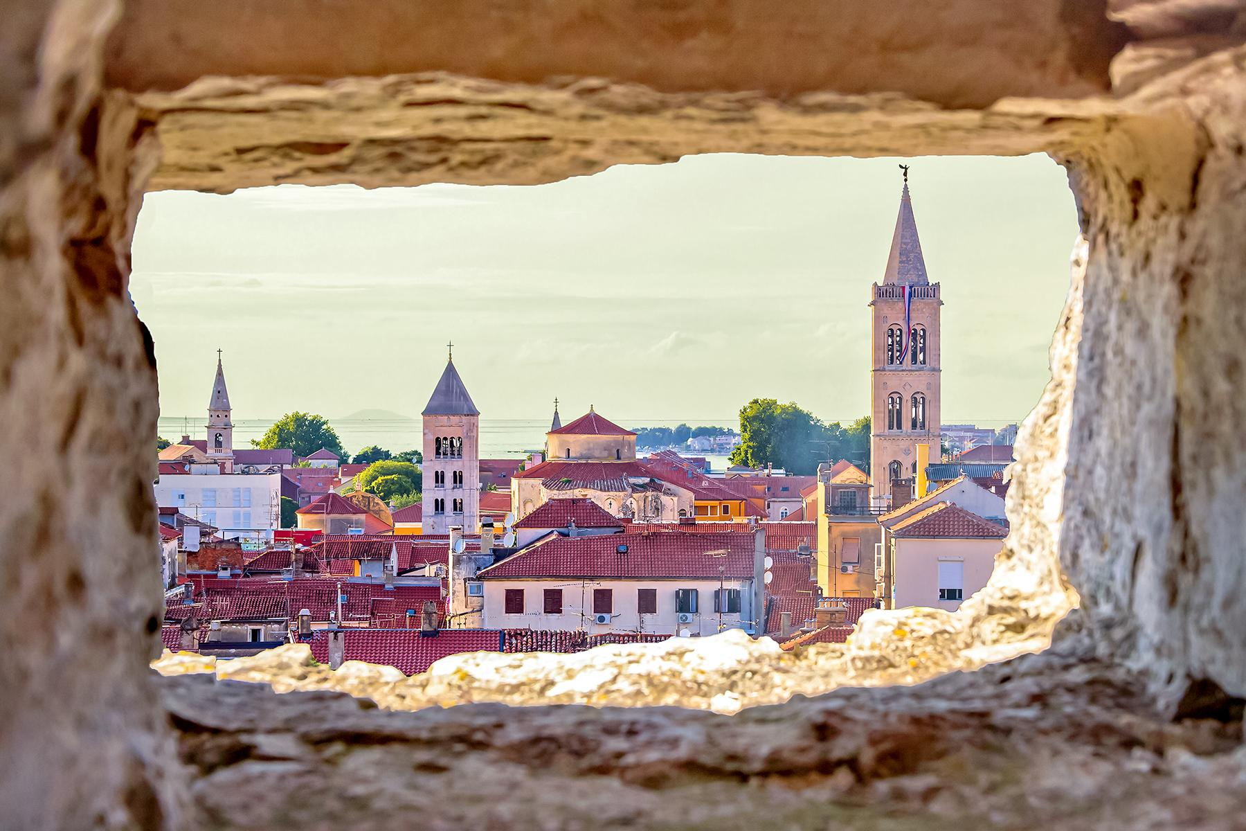 13_BeachHoneymoon__Zadar_shutterstock_452918581