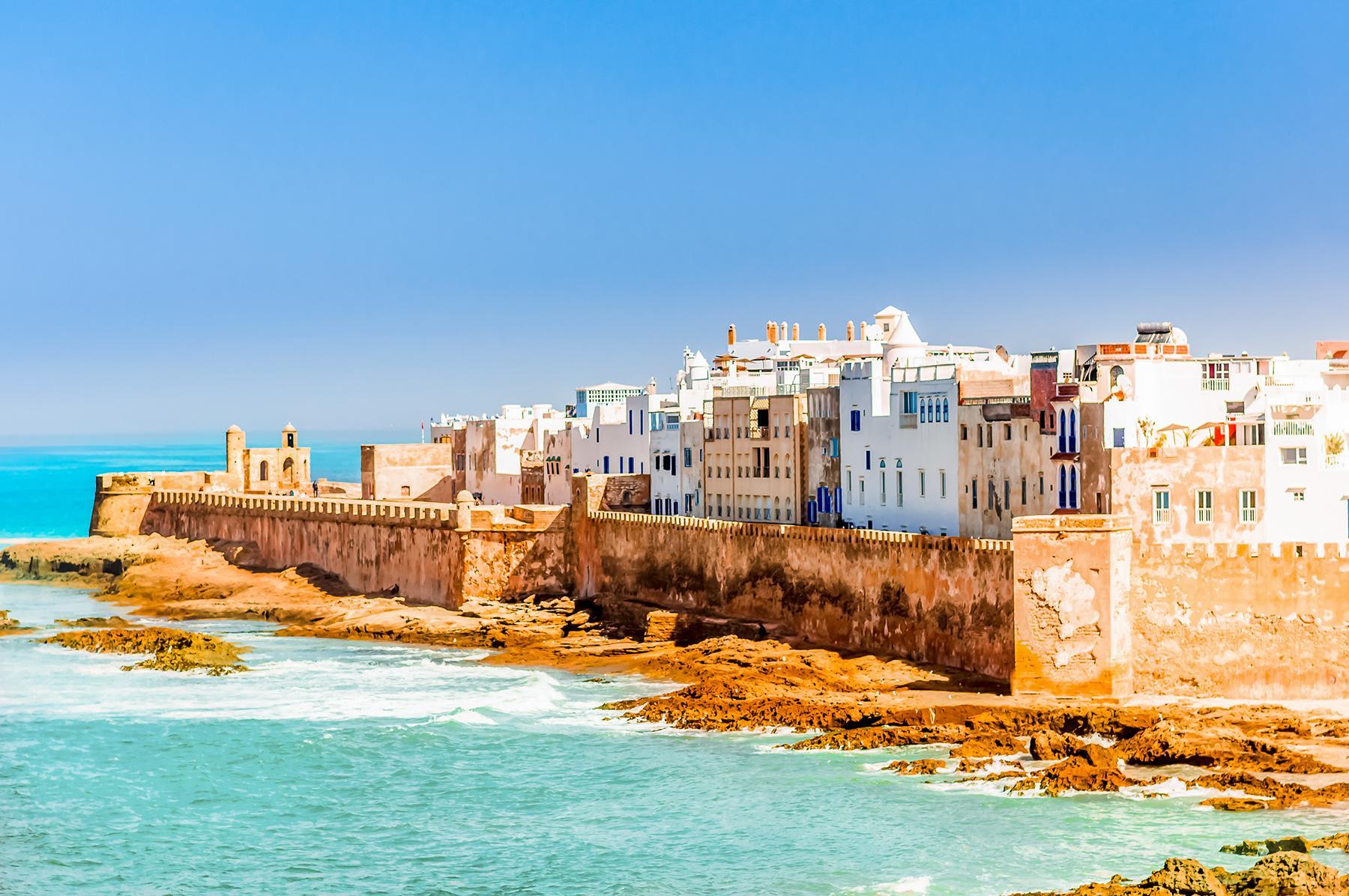 15_BeachHoneymoon__Essaouira_iStock-1040006084