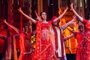 _MumbaiBollywoodHangouts__HERO_shutterstock_258864506