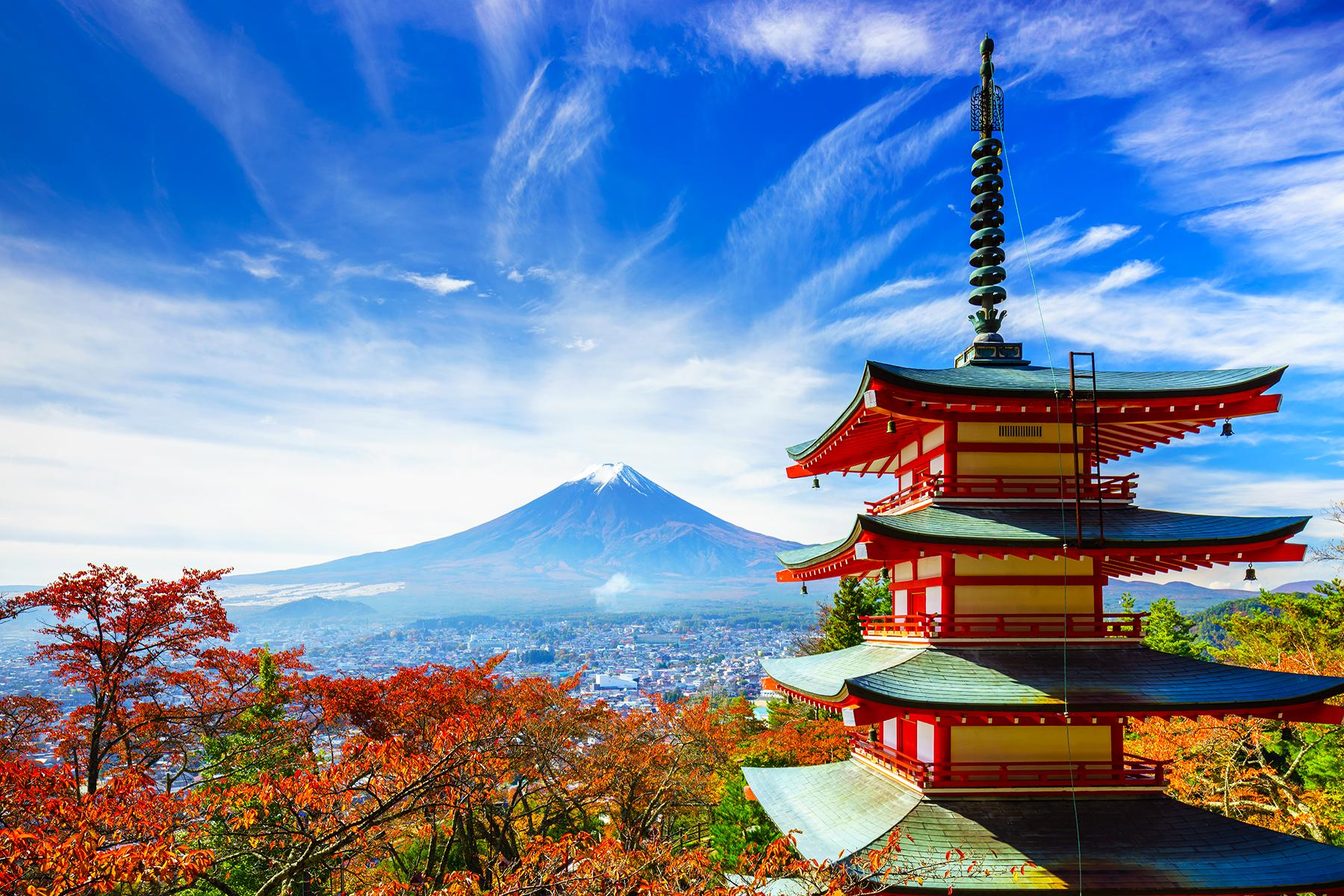 Ultimate Things to Do in Japan