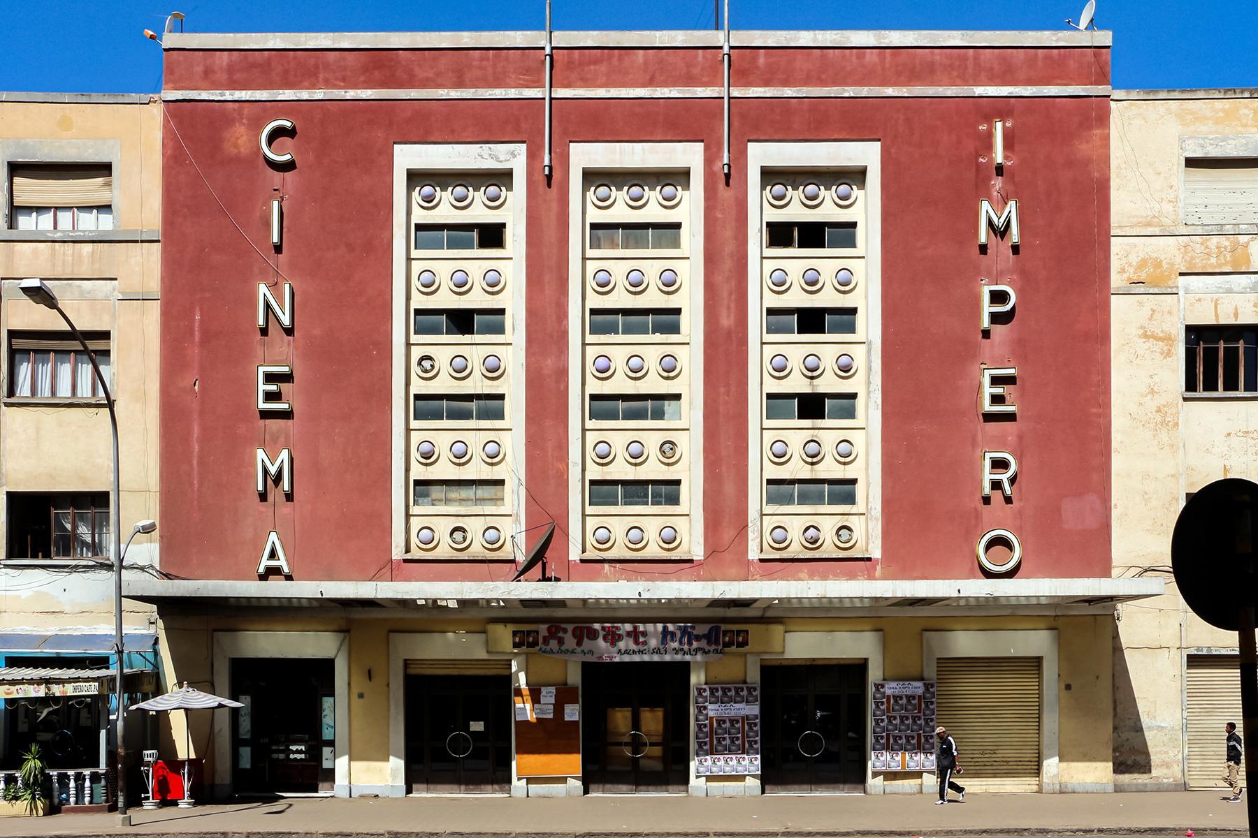 03_AsmaraHermitKingdom__CinemaImpero_3.) Wiki_Asmara,_cinema_impero_CC BY-SA 3.0