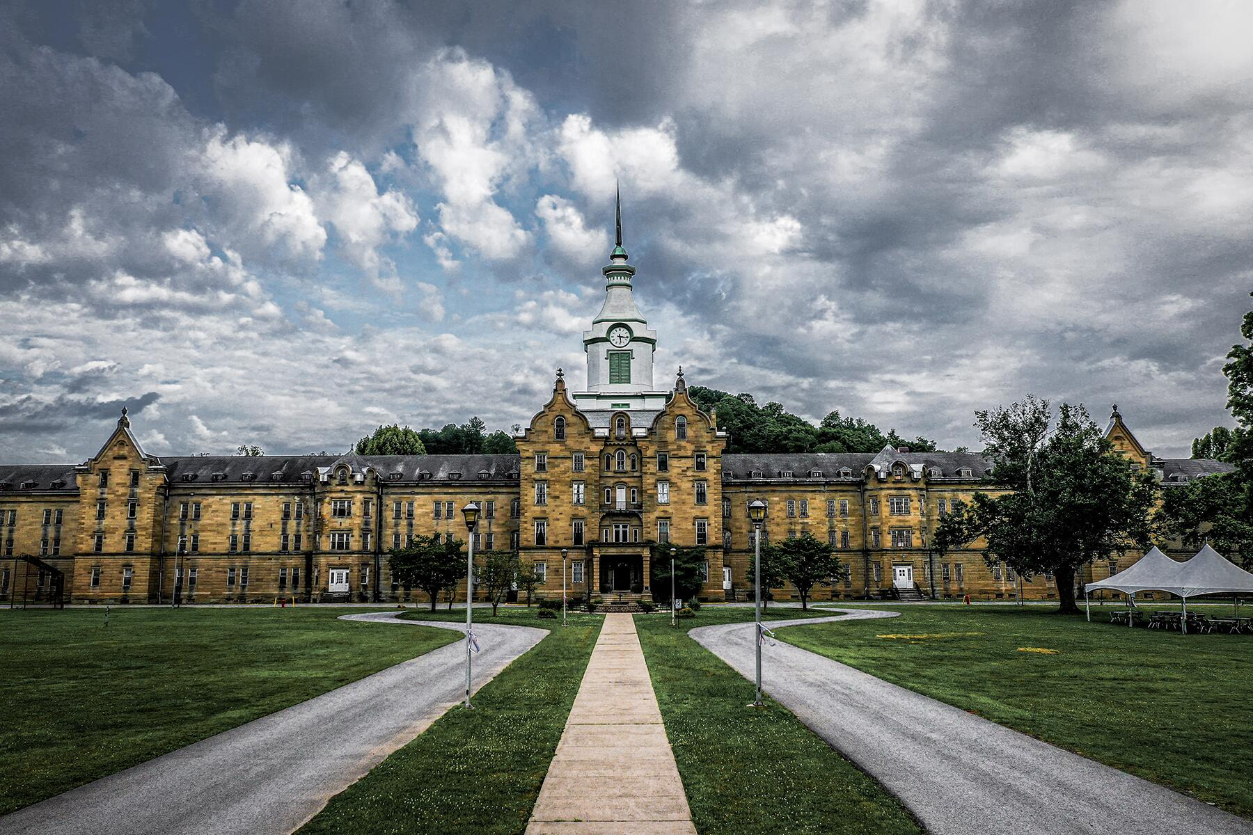 Creepy Scary And Haunted Places In West Virginia