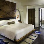 05_03_HotelAwards2020__USA_ThompsonNashville_5 4 Guestroom Suite Bedroom