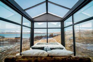 _GlassHouseHotels__HERO_2.) Glasslodge Iceland (9)