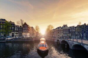 HERO_Amsterdam__BestCruisethatStopinAmsterdam_iStock-619536580
