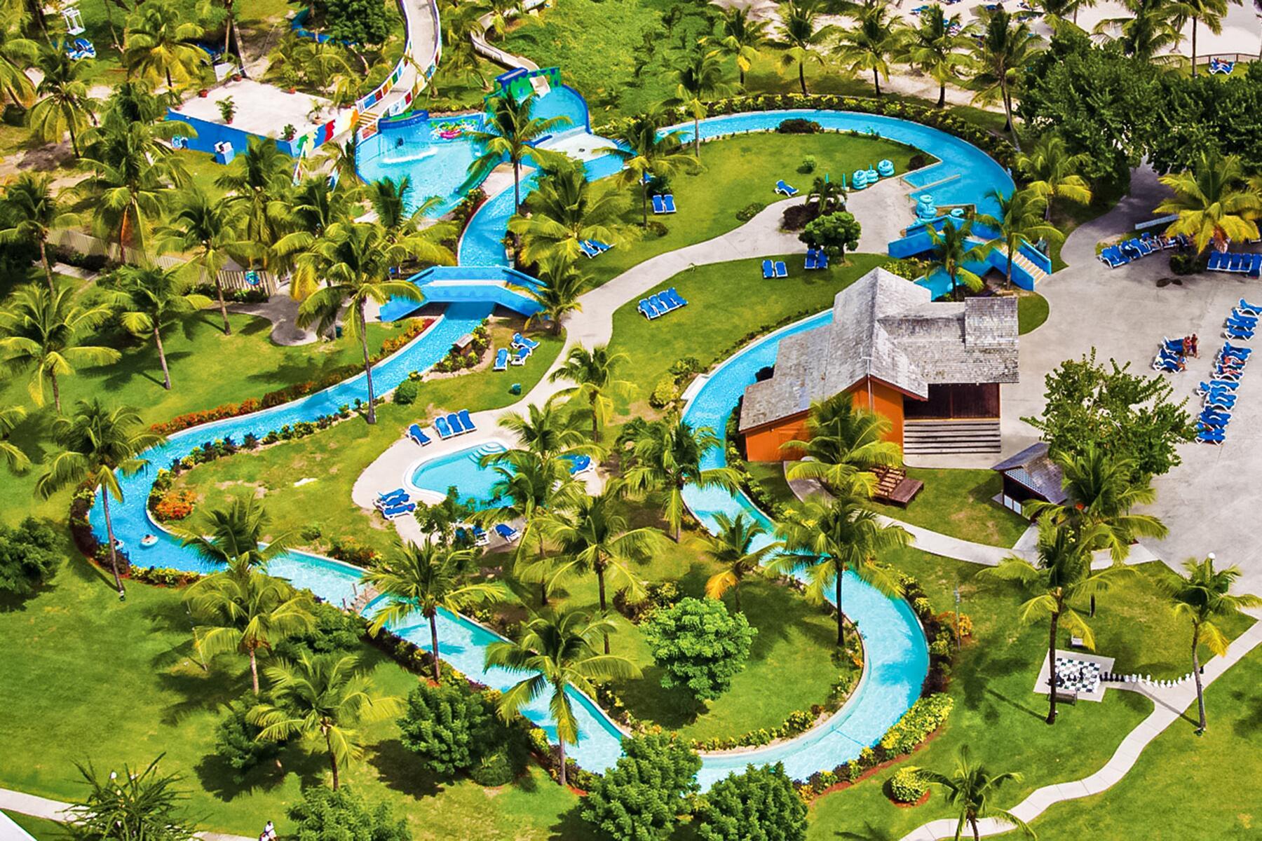 07_LazyRiverAdults__CoconutBayBeach_7.) waterpark-aerial